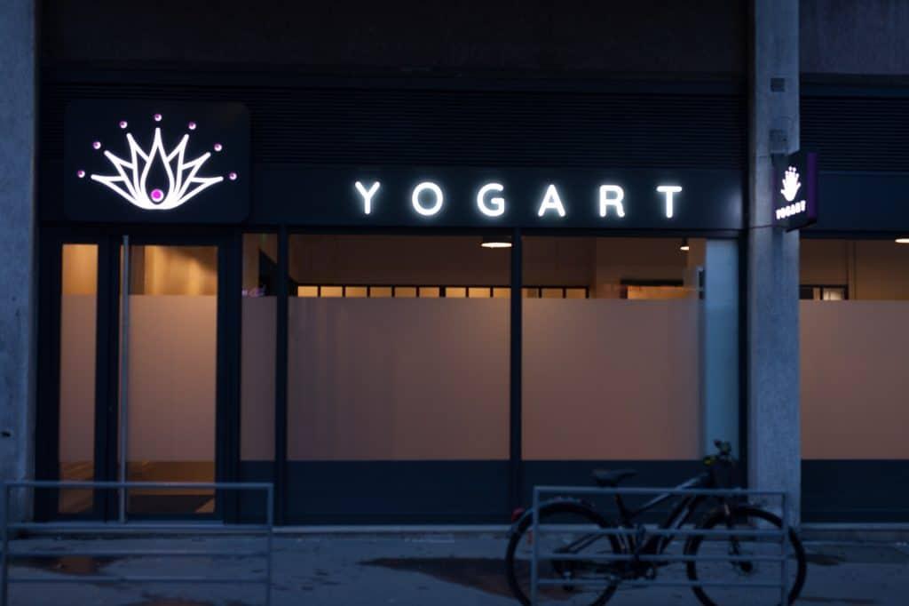 Entrée du studio YOGART à Rouen